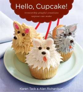 Image of front cover of Hello Cupcake book